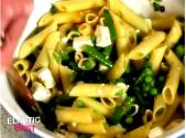 Green Goddess: Pasta Salad With Blanched Veggies